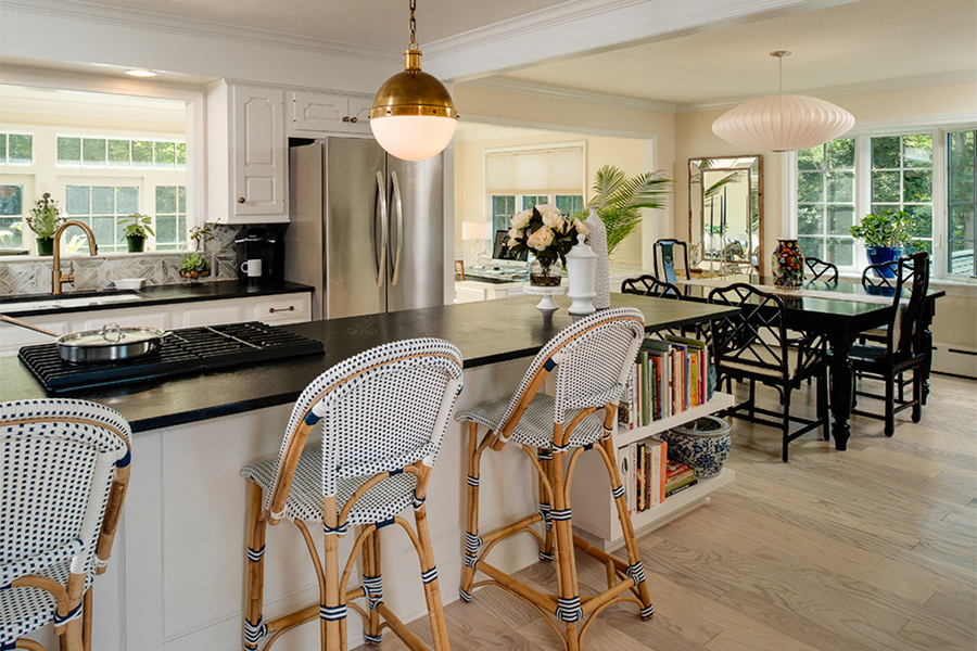 renovated transitional home 05
